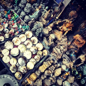 Dongtai Lu Antique Market