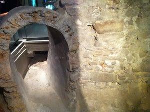 Notre Dame Crypt Archaeologique
