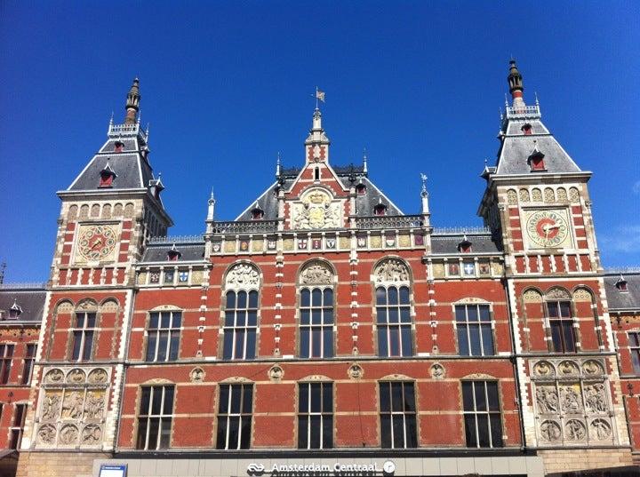 Station van Amsterdam-Centraal Station