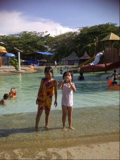 Pantai Cermin Themepark