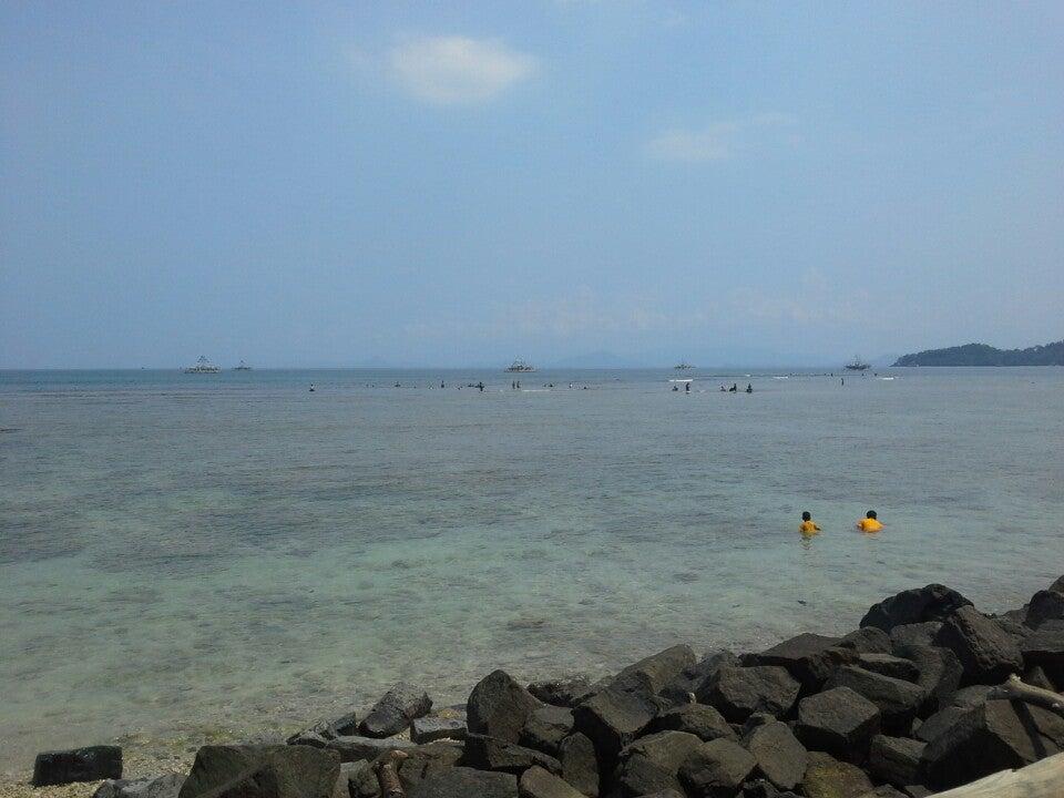 Pantai Wisata Tanjung Selaki