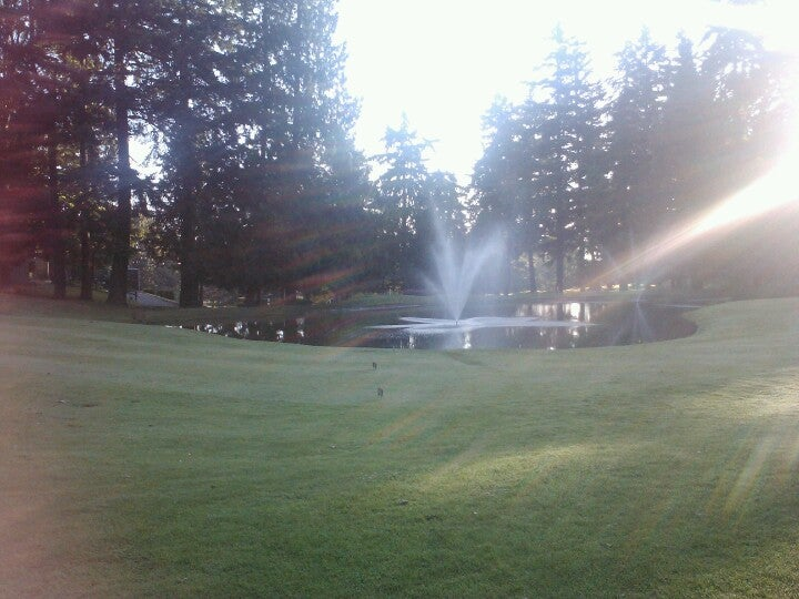 Glen Acres Golf & Country Club