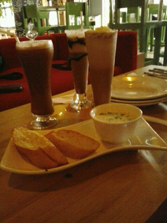 Minuman dan Makanan Social Place Lampung