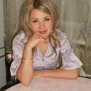 Elena Azar