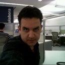 Alejandro R