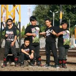 D'twinband Surabaya