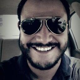 Ismael B Reyes