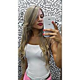 Alexa Oliveira