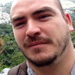 Cristian Olavarría Paredes