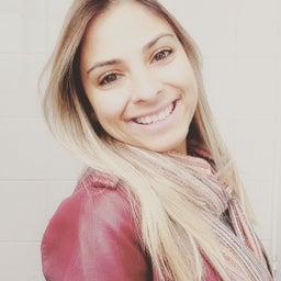 Juliana Paula