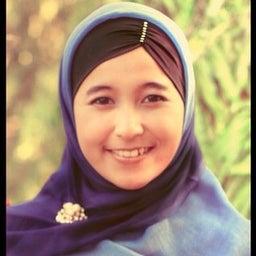 Putri ariesa Azmi