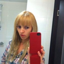 Anna Mfundla