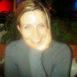 Juanita Knoetze