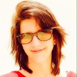 Raphaella Godoy