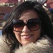 Marisa Flores