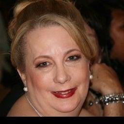 Julie Tate