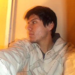 Axel Troncoso Leiva
