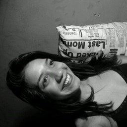 Maria Eliza Santos