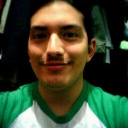 Raphael Flores