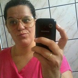 Mônica Mello