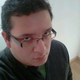 Benjamin H Castillo