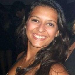 Mirella Pereira