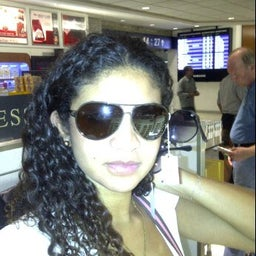 Janaina Correa