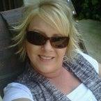 Karen White Holsclaw