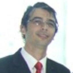 Gustavo De Macedo