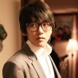 Yong Jin Park